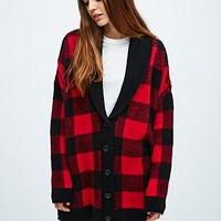 BDG Buffalo Check Shawl Cardigan in Red and Black - Urban Outfitters