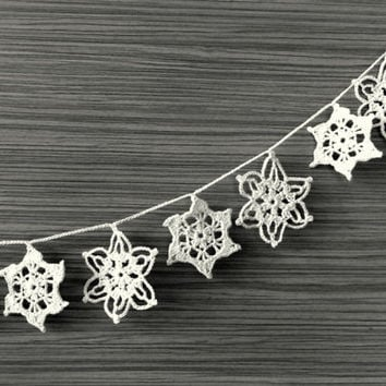 Handmade holiday ornaments, Snowflakes garland, Crocheted Christmas decoration, white