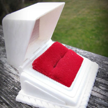Vintage Ring Box, Fancy Details, Lipstick Red Interior, Engagement Ring Presentation or Display, Circa 1950s
