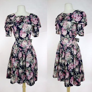 1980s floral print dress, cotton short sleeve fit and flare A line DBY easter dress, Large