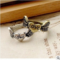 fashion Exquisite vintage love peach heart wings finger ring Jewelry for women = 1669360452
