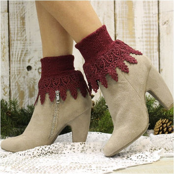 SIGNATURE lace socks - burgundy