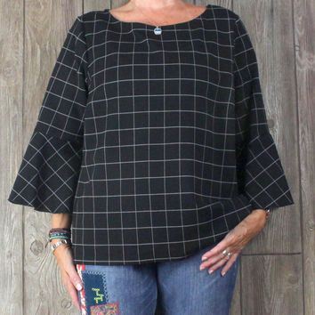 Nice Lord & Taylor Blouse 2x size Black Heavy Weight Stretch Fabric