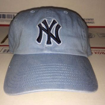 New York Yankees vtg Baseball cap LIGHT Lite blue Navy NY Logo Knicks Mets Giant