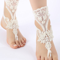 Free Ship ivory  lace sandals,  laceBarefoot Sandals, french lace, Beach wedding barefoot sandals