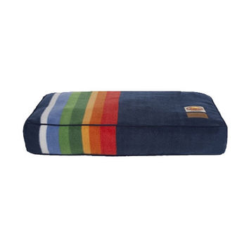 Pendleton Dog Bed — Crater Lake National Park