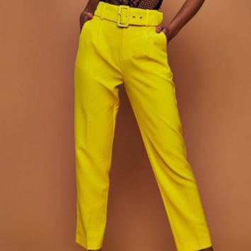 The new women's high-waisted, nine-point, straight trousers