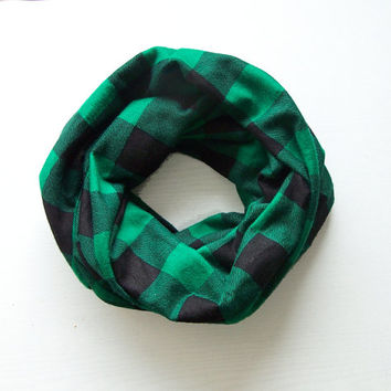 TODDLER Infinity Scarf, Flannel Plaid Toddler Scarf, Black and Green Buffalo Check Tartan Scarf, Boys Scarf
