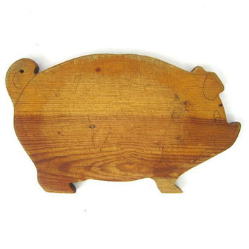 Vintage Pig Cutting Board Handmade Wood Retro Kitchen Home Decor Cooking Iowa Farm Animal Distressed Wall Folk Art Centerpiece