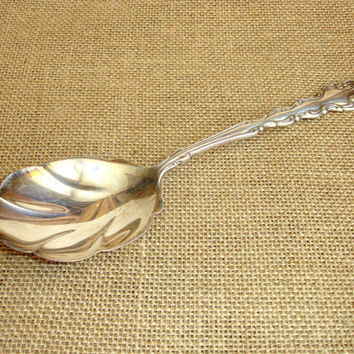 Vintage 9 Inch Berry Shell Spoon, RARE, Silver Plate 1969 Modern Baroque Pattern by Oneida Community, silverplate Scalloped Serving Spoon