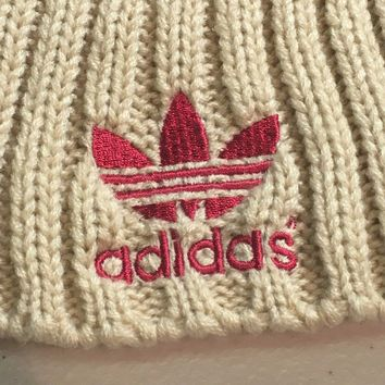 BRAND NEW ADIDAS RED WITH BEIGE POMPOM KNIT HAT SHIPPING