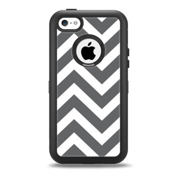 The Sharp Gray & White Chevron Pattern Apple iPhone 5c Otterbox Defender Case Skin Set