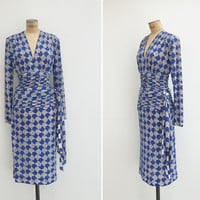 1970s Dress - Vintage 70s NINA RICCI Dress - Vintage Designer Geometric Plunging V Ruched Dress