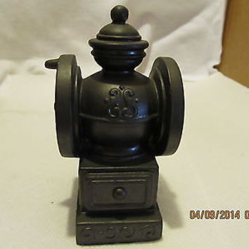 VINTGE BANTHRICO INC. COFFEE GRINDER BLACK METAL BANK MADE IN CHICAGO ILL.