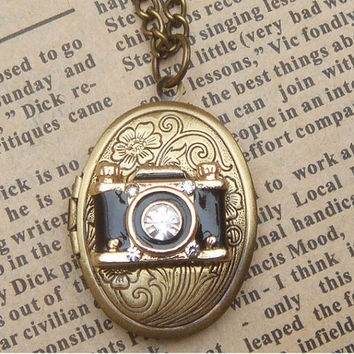 Steampunk Camera Locket Necklace Vintage Style by sallydesign
