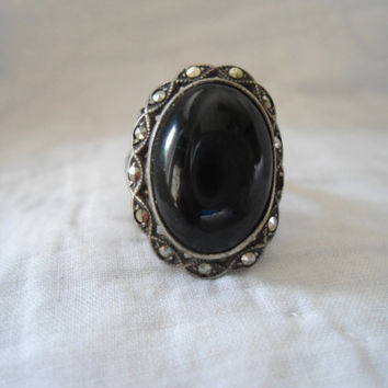 Vintage Art Deco Sterling Silver Marcasite and Black Onyx Ring Size 7.5