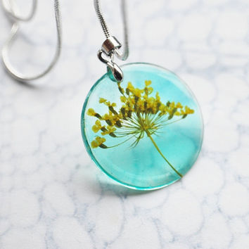 Petite Real Flower Necklace Yellow Turquoise Queen Anne's Lace Small Resin Jewelry Dandelion Transparent Pendant 925 Silver Plated