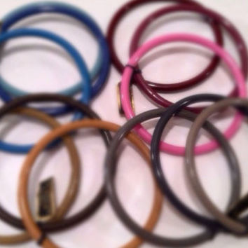SET of 3 Plastic Bracelets Bangles Pretty Various Colors Made in HONG KONG Authe