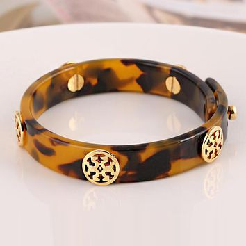 """Tory Burch"" Classic Popular Leopard Print Resin Letter T Small Lock Pendant Wide Many Style Bracelet 2# I13030-1"