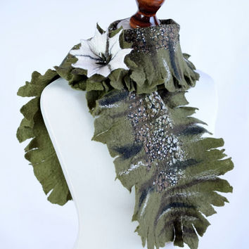 Green, fringe, pattern nuno felt scarf with white flower brooch - floral, Hawaiian style felted scarf with patterned silk background [S165]