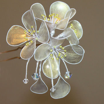 OOAK Japanese Kanzashi Hair Stick Pin Jasmine Wedding Accessories. Gold Transparent Sparkling Flowers Wire wrapped.