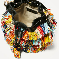 MULTICOLOURED FRINGED MINI BUCKET BAG