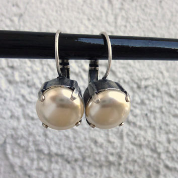 11mm creamy white pearl earrings, drops, antique silver lever back, golf size, not sabika