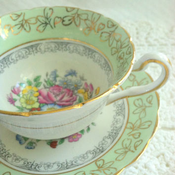 Rosina/Equisite Tea Cup & Saucer/Made in England Fine Bone China/Wedding Gift