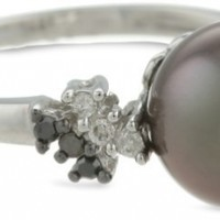 10k White Gold Black Tahitian Cultured Pearl with Diamond-Accent Ring (1/8 cttw, H-I Color, I2-I3 Clarity)