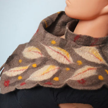 Warm and very original woolen scarf in the colors of autumn, hand felted wool, brown, felt scarf, handmade, felt brown scarf, collar