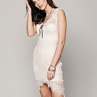 Intimately Womens Peekaboo Lace Slip