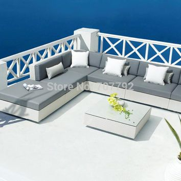2017 New Arrival Patio Relaxing Furniture For Europe Rattan Sectional Silver Color Sofas