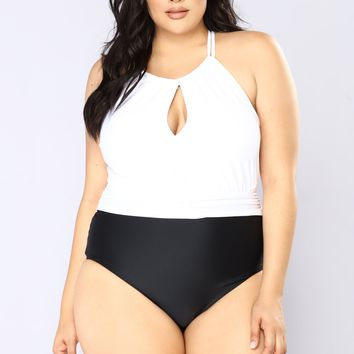 Vintage Vixen Swimsuit- White/Black