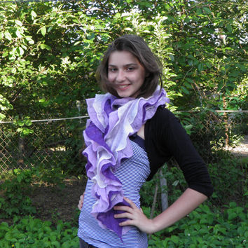 Felted ruffled scarf / purple and lilac/   felted boa scarf / gifts ideas for women/ Ready To Ship