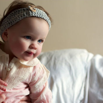 Girls Crochet Headband  for babies or girls in by LumiStyle