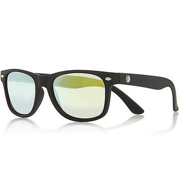 River Island Boys black rubber retro sunglasses