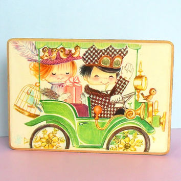 Anri Jewelry Music Box Ferrandiz Reuge Swiss Movement Kids in Car Old Fashioned Illustration 1960s Style Cute Boy Girl Birds Drawing