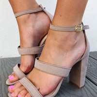 On The Rise Heels: Taupe