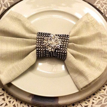 Art Deco - Roaring Twenties - Vintage - Great Gatsby Wedding Napkin Bling Rings with Vintage Style Brooch & Optional Feather
