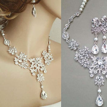 So Dainty Rhinestone Bridal Necklace Crystal Drop Earrings Wedding Jewelry Set
