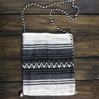 Mexican Blanket Boho Bag Tribal Cross Body Bag Serape Blanket Blanket Grey and Black Aztec Backpack Girls School Bag Boho Travel Hang Bags