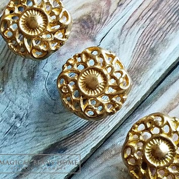 Rococo Dresser Knobs Gold Drawer Knobs Square Decorative Knobs Cabinet Knobs Brass Knobs Filigree Knobs Vintage Drawer Pulls Dresser Knobs