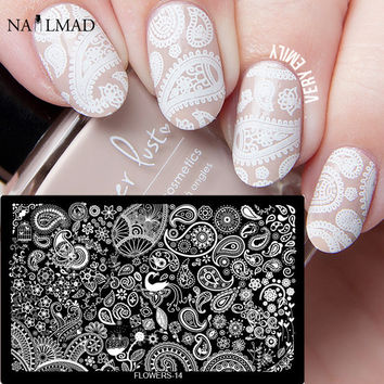 1pc Mandala Paisley Nail Stamping Template Flowers Lace Stamping Plate Peacock Feather Heart Stamp Plate Nail Art Stamp Tools