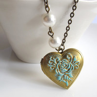 Heart Locket Necklace. Vintage Shabby Chic Rose Patina Locket. Brass Photo Locket with White Swarovski Pearls Necklace Antiqued Brass Chain