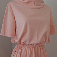 Vintage 60s Peach Pink Dress // Gathered Cowl Collar // Polyester Flowy // Medium