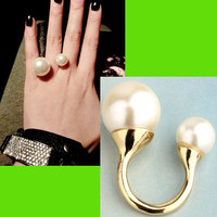 Double Pearl Wrapping Finger Cuff Ring