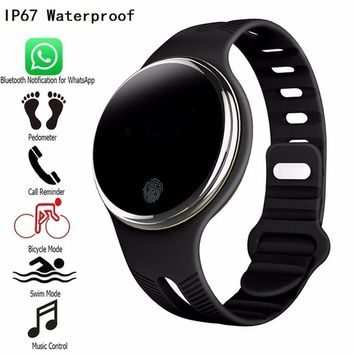 Hot sale  2017 NEW Smart Watch iphone 8 2017 New E07 Waterproof Bluetooth 4.0 Smart Wristband Fitness Tracker Pedometer Smart Wa