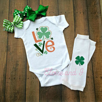 st patricks day baby, st patricks day toddler shirts, st patricks day outfit, st paddys day, love, irish girl, newborn coming home outfit
