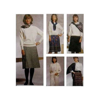 "Skirts in 2 Lengths and Pants, Front Zipper Misses' / Miss Petite Size 10, 12, 14 Waist 25 - 28"" McCall's 3306 Sewing Pattern Uncut"