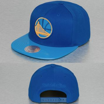 timeless design f2130 be0a3 Mitchell   Ness Cap   Snapback NBA Patent 2tone Tonal Golden Sta